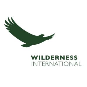 Das Logo von Wilderness International mit Adler und Schriftzug.